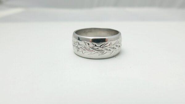 crown of thorns wedding ring