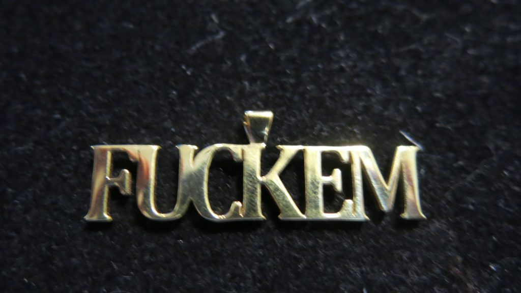 customized pendants with names