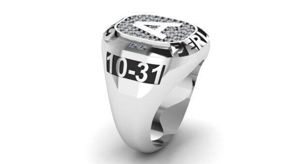 Collegiate Class Ring