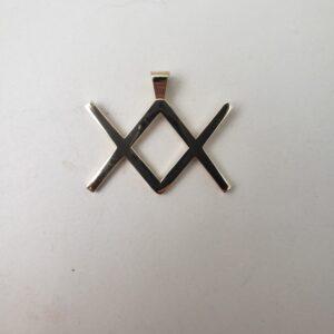 XX Pendant